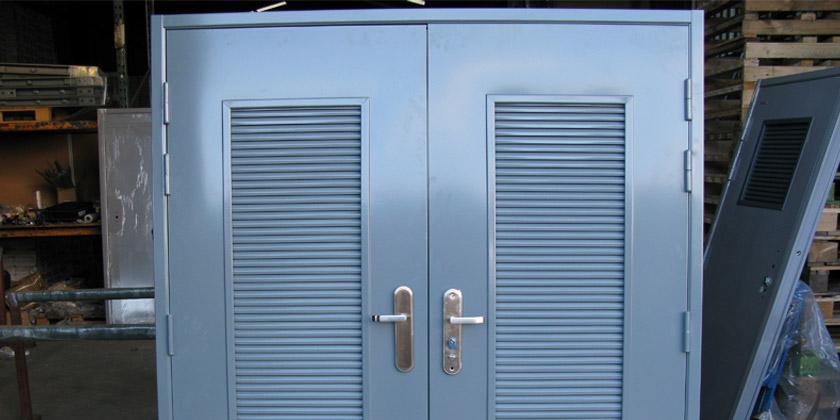 steel-doors-2-840x400